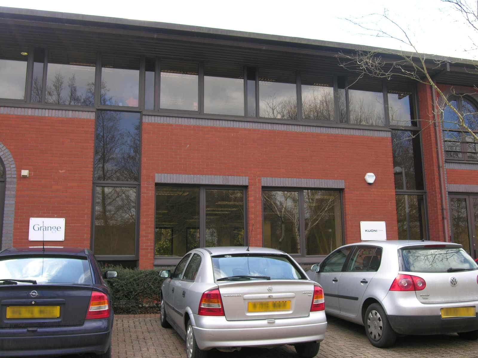 6 GODALMING BUSINESS CENTRE
