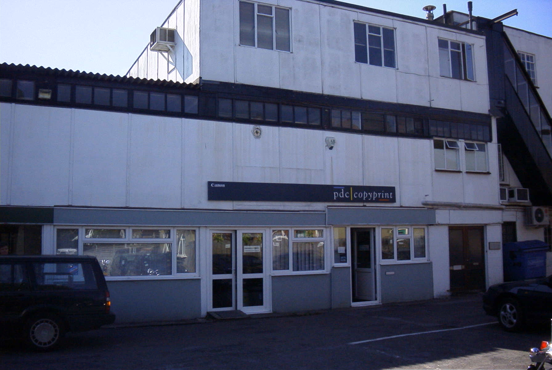79 WALNUT TREE CLOSE, GUILDFORD - Business Unit - LETTING