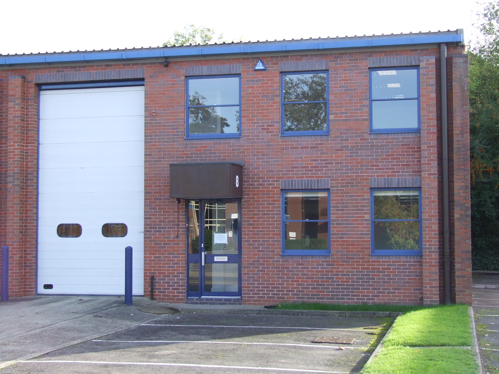 8 THE PINES BUSINESS PARK, Broad Street, GUILDFORD - LETTING