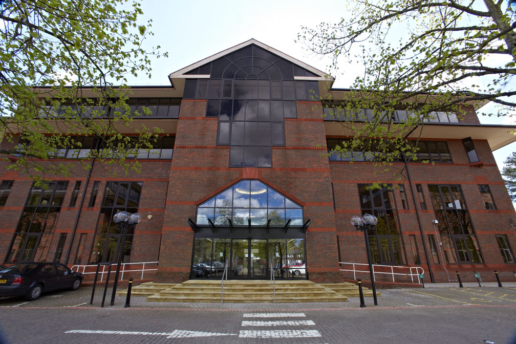 ONE LONDON SQUARE (2nd Floor & Part 1st Floor), CROSS LANES, GUILDFORD - 20,911 SQ FT