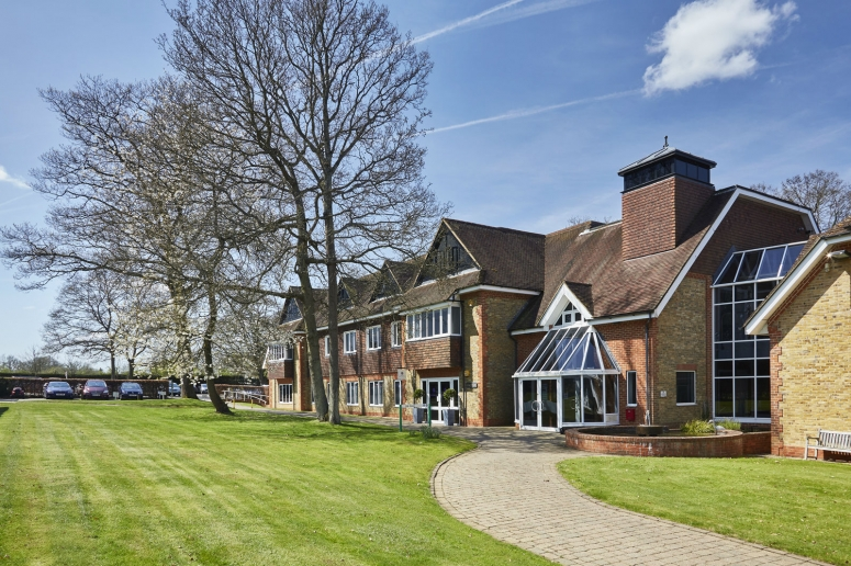 OFFICES AVAILABLE 2019  :  Ash House, Tanshire Park, Shackleford Road, Elstead